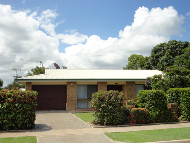 Address available on request, Westcourt, Qld 4870