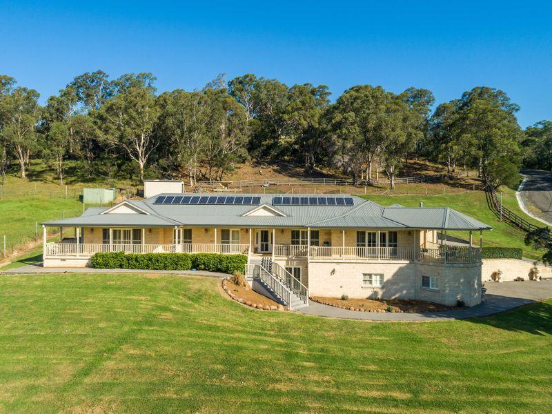 14 Mountain View Terrace, Avondale, NSW 2530