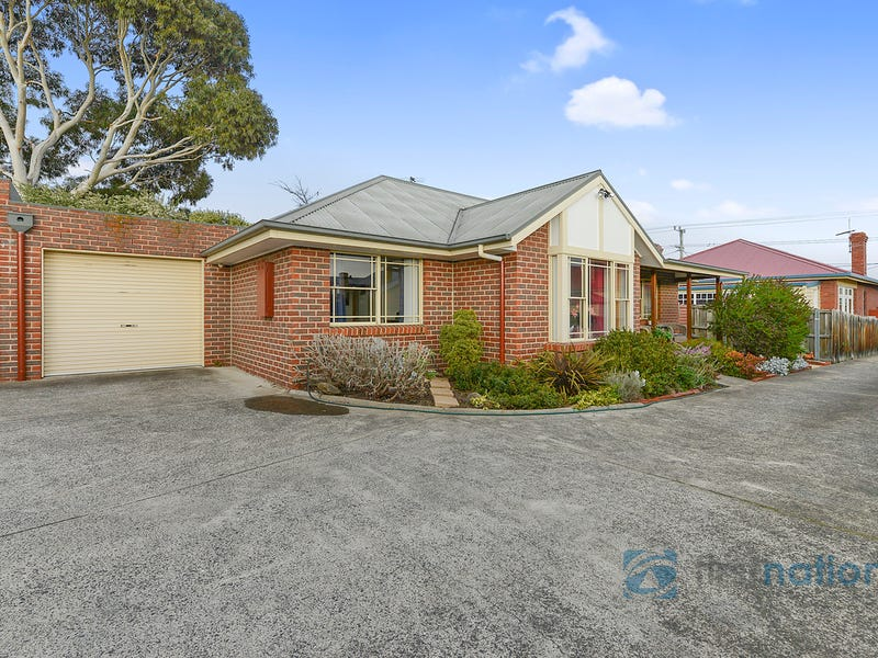 2/49 Bay Road, New Town, Tas 7008