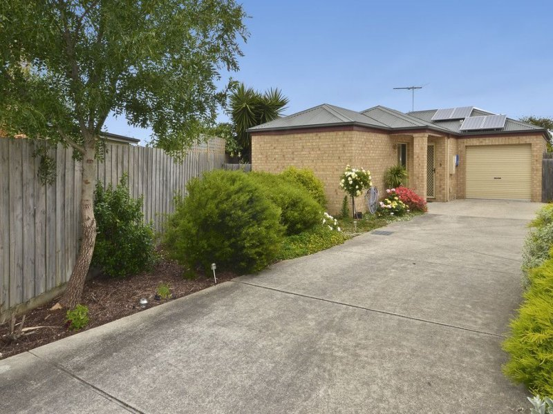 3/40 Glover  St, Newcomb, Vic 3219