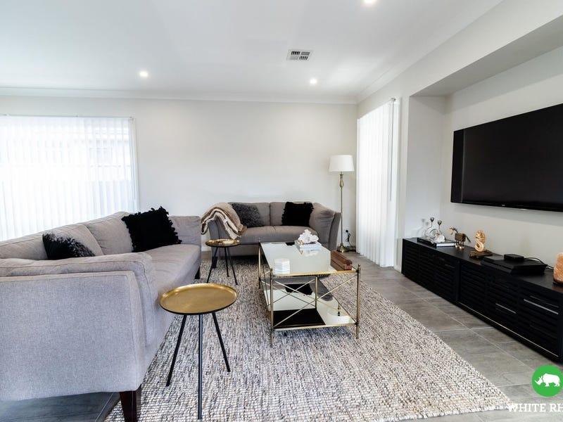 4 Bramwell Street, Googong, NSW 2620