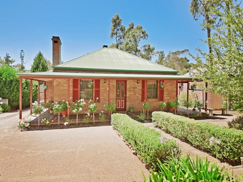 93 Railway Parade, Balmoral, NSW 2571