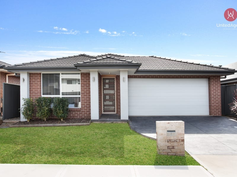 15  Venturer Parade, Leppington, NSW 2179