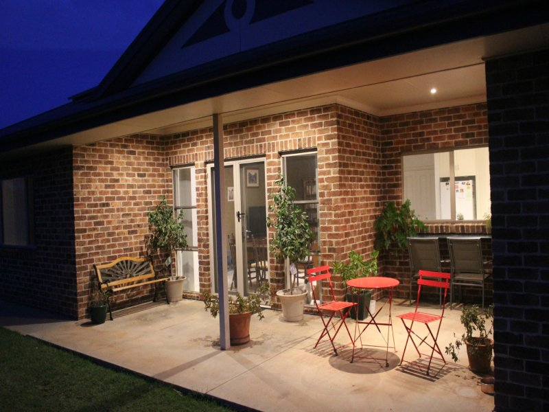 4 Kurrawong Street, Temora, NSW 2666