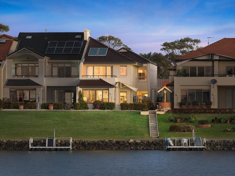 32 The Promenade, Port Macquarie, NSW 2444