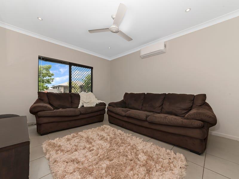 19 Yanooa Court, Bushland Beach, Qld 4818