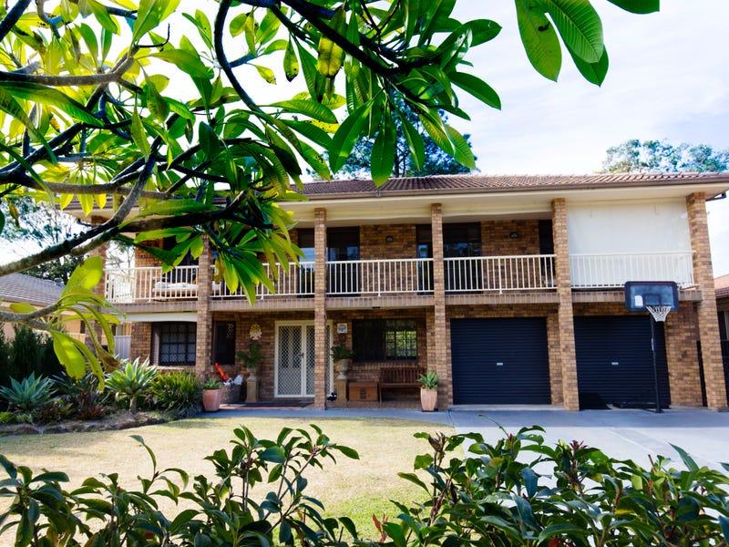 18 Karthena Crescent, Hawks Nest, NSW 2324