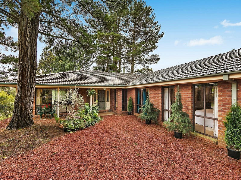 147 Evans Lookout Road, Blackheath, NSW 2785