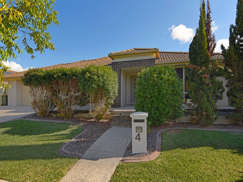 4 Brook Avenue, Sippy Downs, Qld 4556