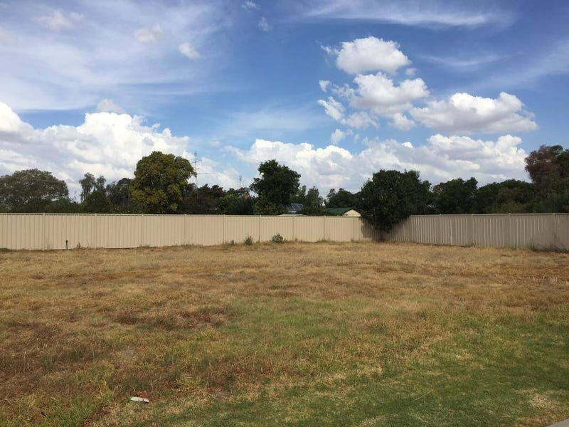 66-68 Tocumwal Street, Finley, NSW 2713