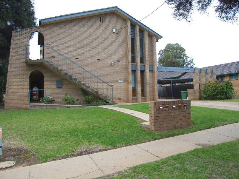5/9 Nordlingen Drive, Tolland, NSW 2650