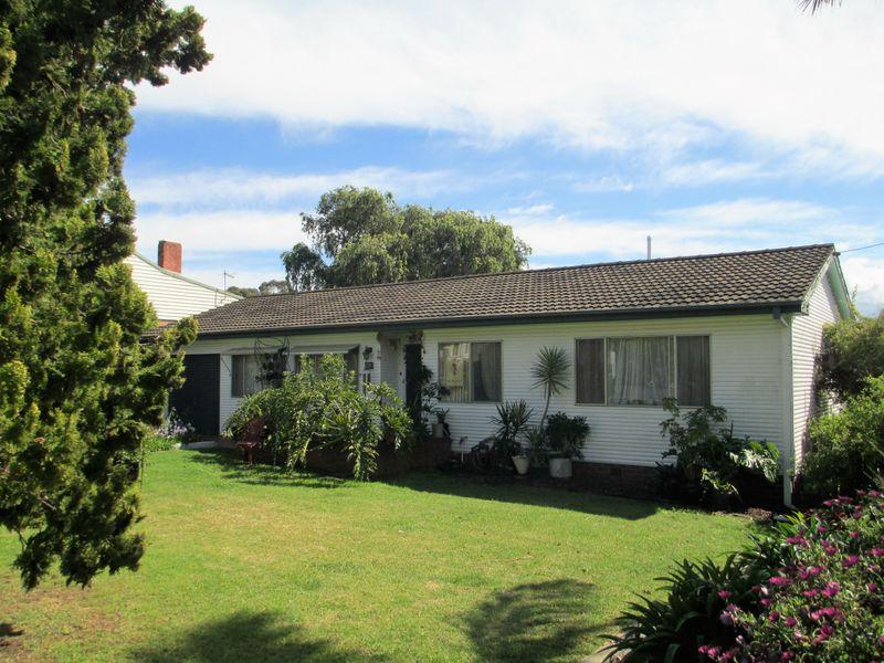 10 Queen Street, Moruya, NSW 2537