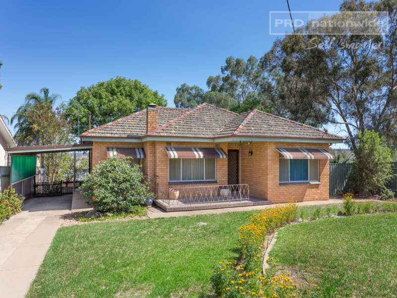 142 East Street, Cartwrights Hill, NSW 2650