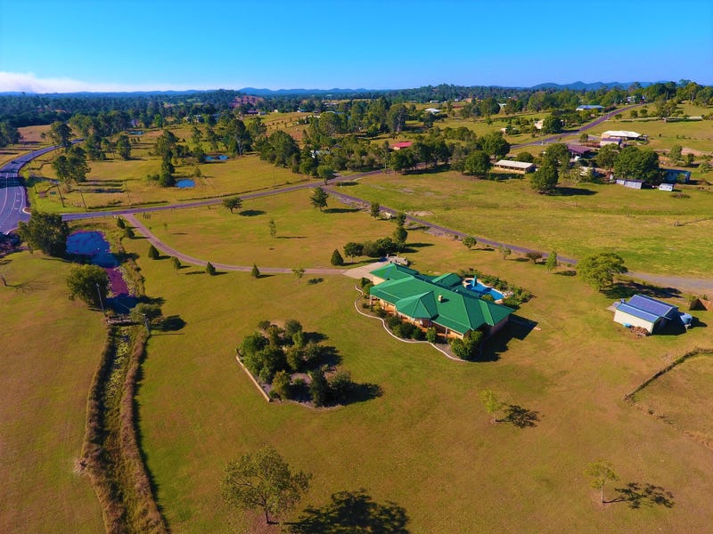 4 City View Drive, The Dawn, Qld 4570