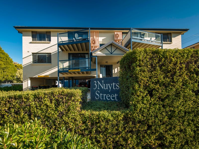 1/3 Nuyts Street, Red Hill, ACT 2603