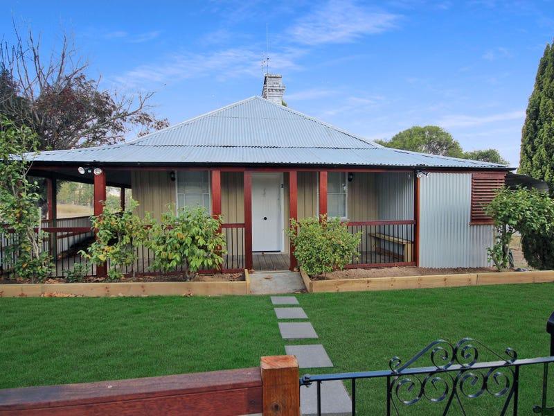 2 Wood Street, Tenterfield, NSW 2372
