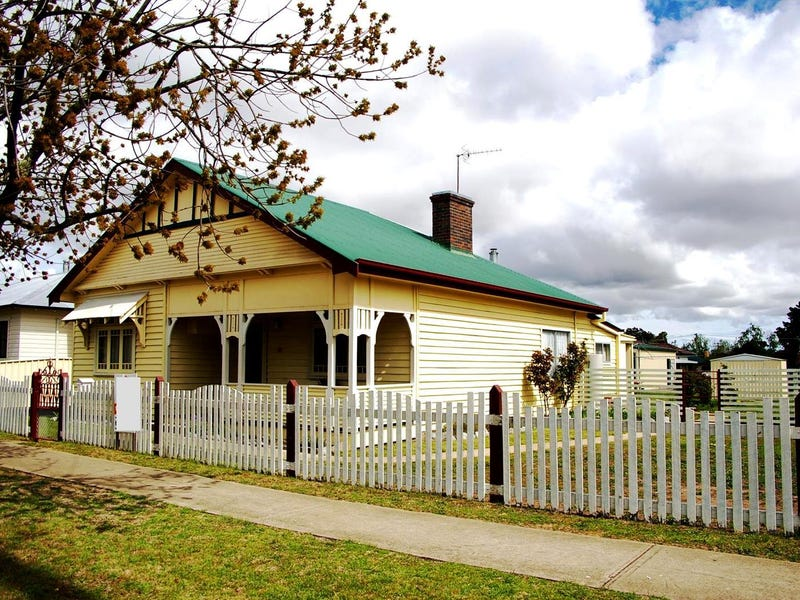 87 Bridge Street, Uralla, NSW 2358