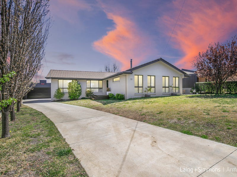10 Crest Road, Armidale, NSW 2350