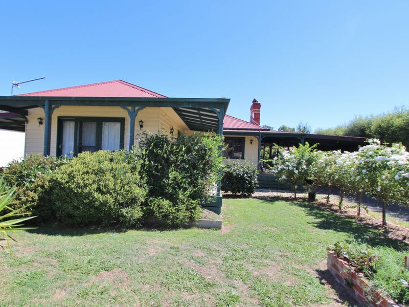62 Main Street, Maindample, Vic 3723