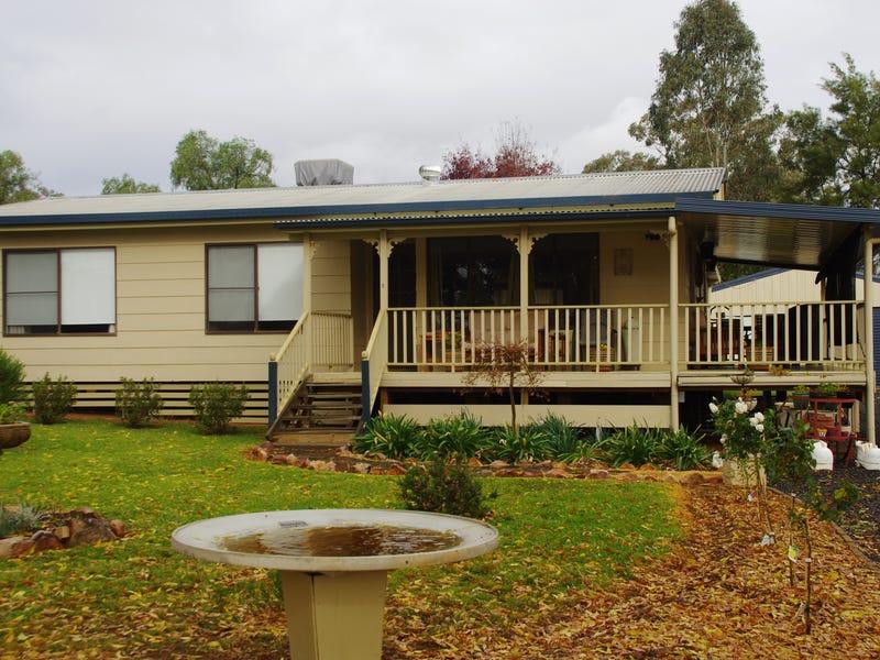 5-7 Waddell Street, Wattamondara, NSW 2794