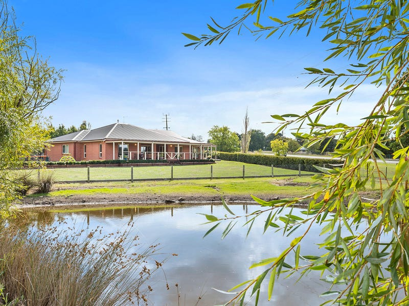 110 Sheedy Road, Gisborne, Vic 3437
