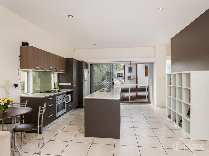 11/5 Sovereign Street, Indooroopilly, Qld 4068