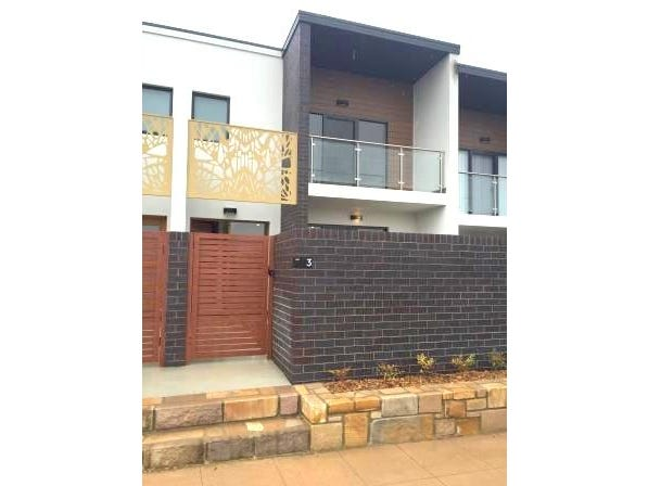 3/2 Rouseabout Street, Lawson, ACT 2617