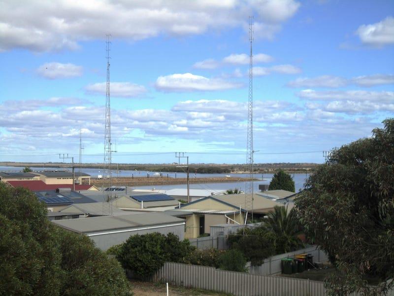 59 Fisherman Bay Road, Port Broughton, SA 5522