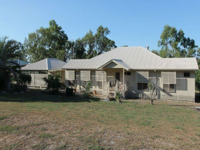 52 Castorina Drive, Mount Kelly, Qld 4807