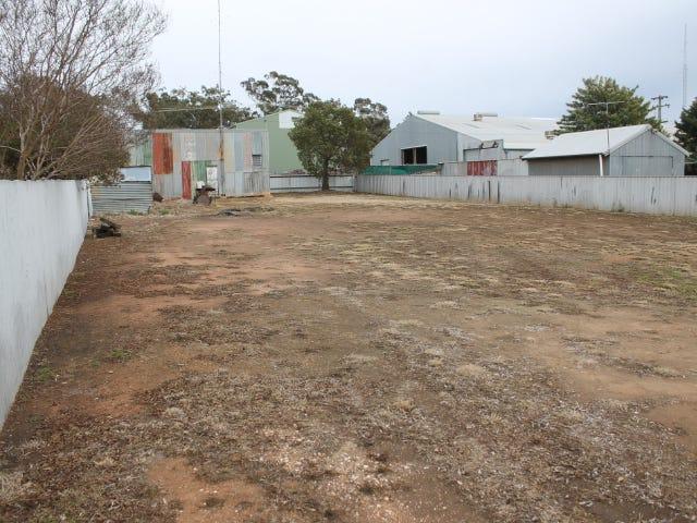 110 Camp Street, Temora, NSW 2666