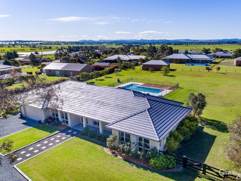 16 Tranquil Close, Louth Park, NSW 2320