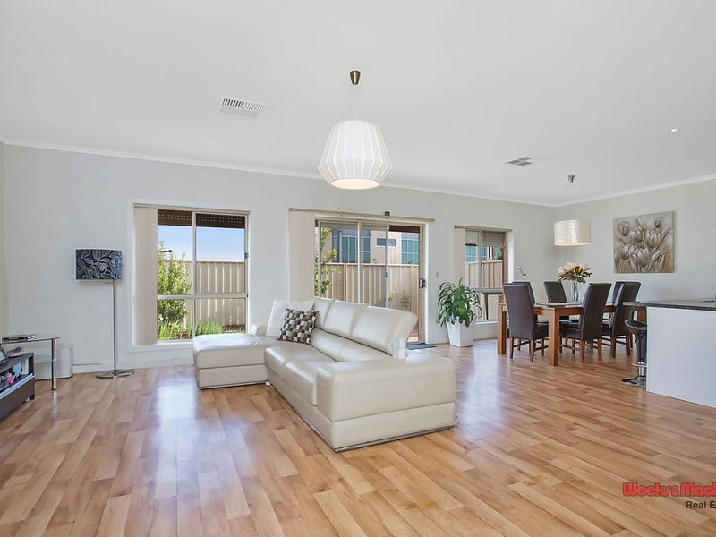 3/237 Fosters Road, Northgate