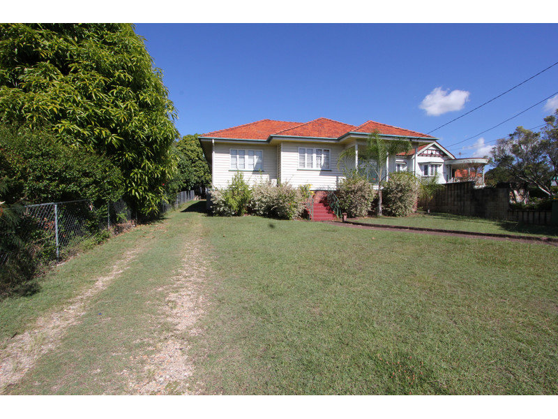 23 Brisbane Road, Newtown, Qld 4305