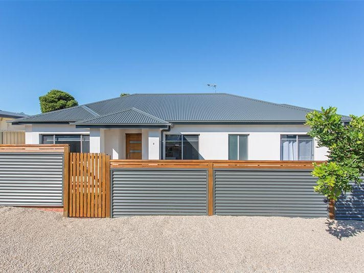 2A Saltash Avenue, Christies Beach, SA 5165