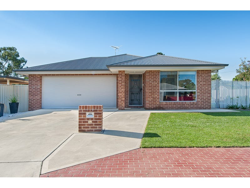 4 Cobby Court, Lavington, NSW 2641