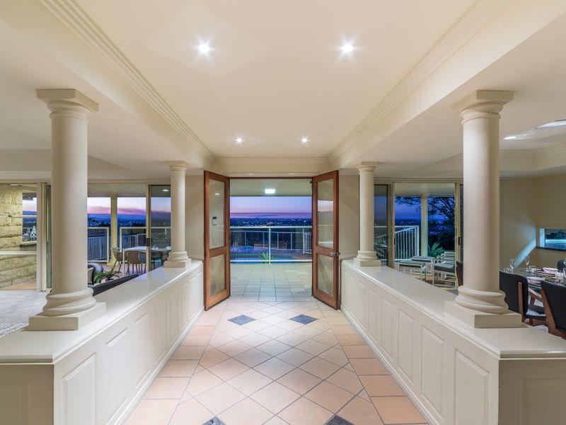 77 Skyline Terrace, Burleigh Heads, Qld 4220