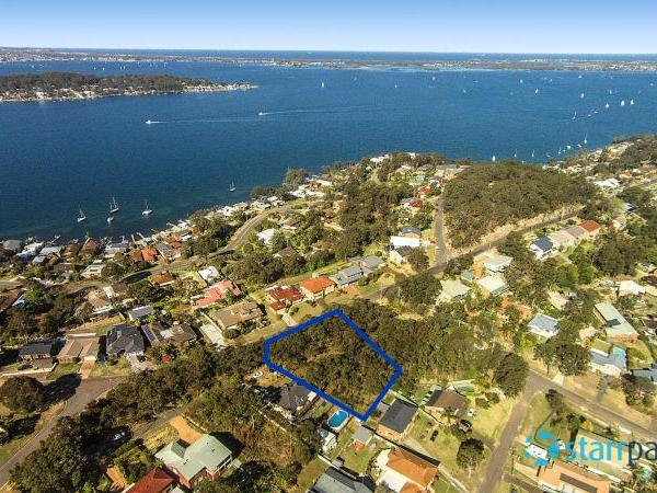30 Sunlight Parade, Fishing Point, NSW 2283