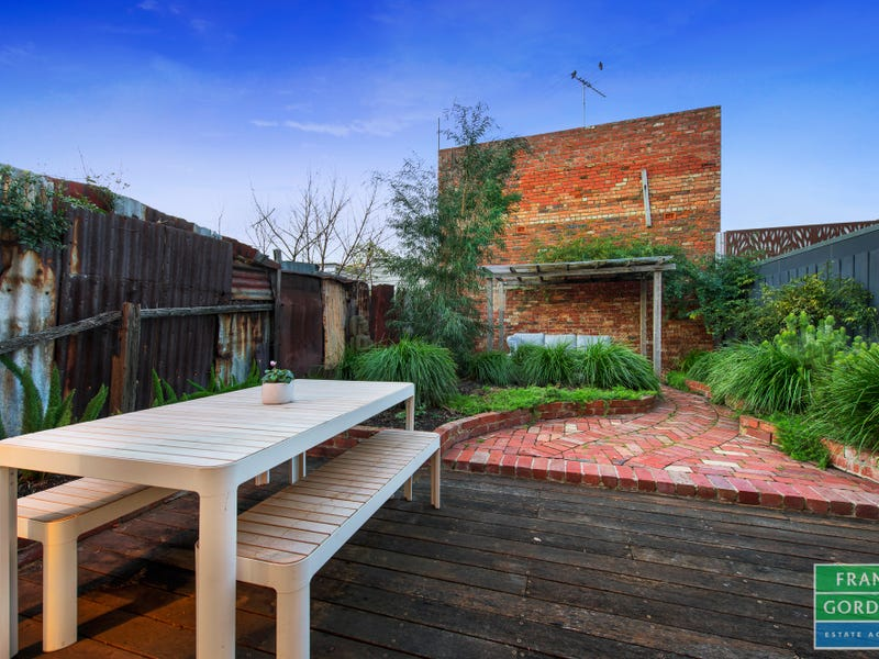 8 Clay Street, Port Melbourne, Vic 3207