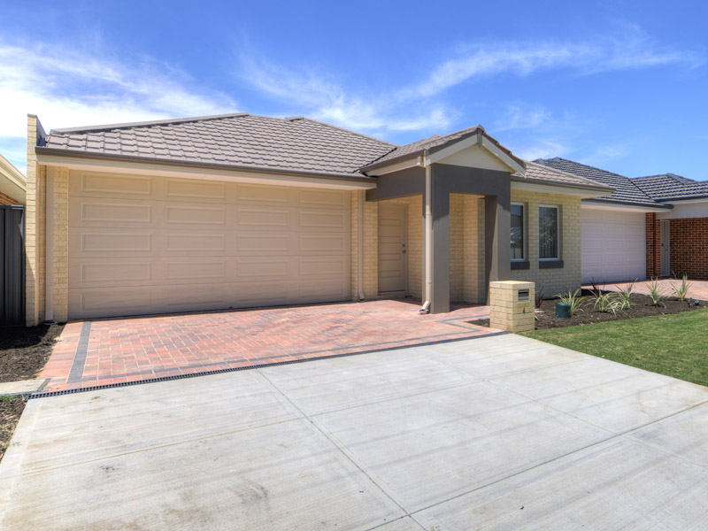 4A Woodloes Street, Cannington, WA 6107