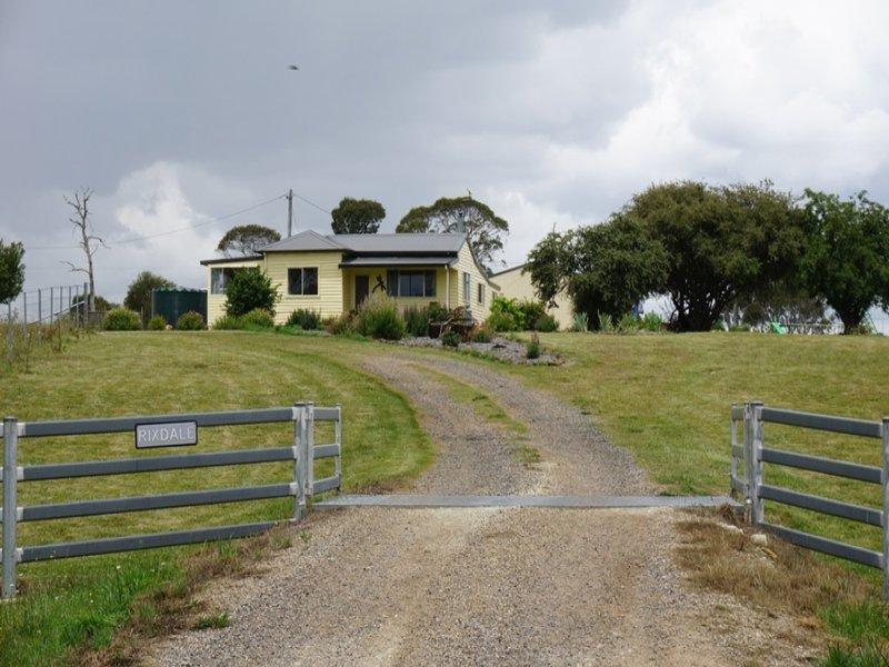 30 Wards Mistake Road, Guyra, NSW 2365