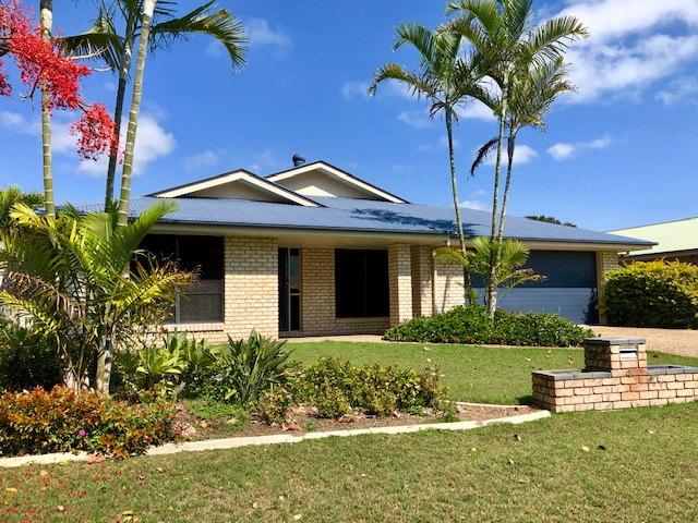 4 Fraser Waters Parade, Toogoom, Qld 4655