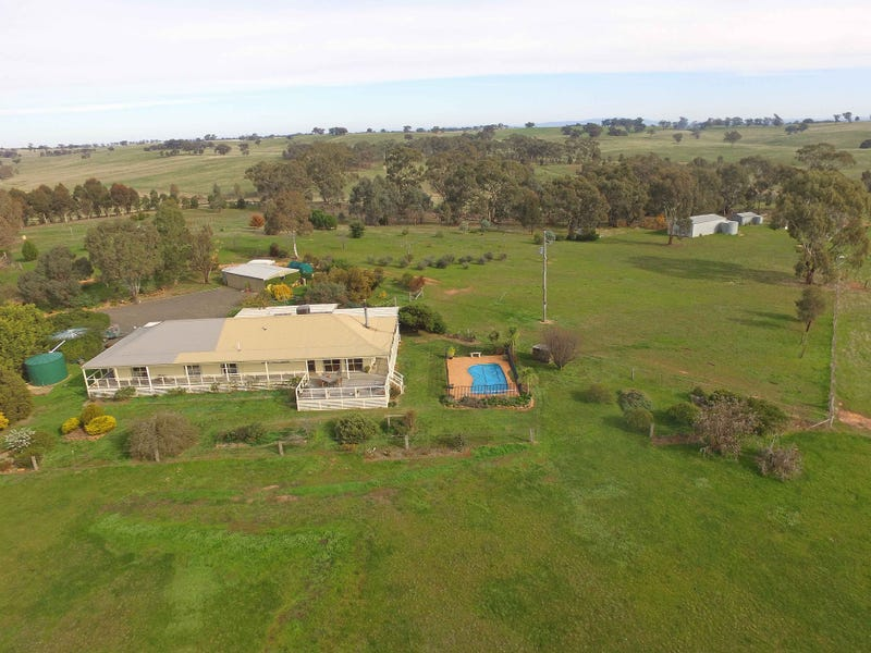 295 Adairs Lane, Heathcote, Vic 3523