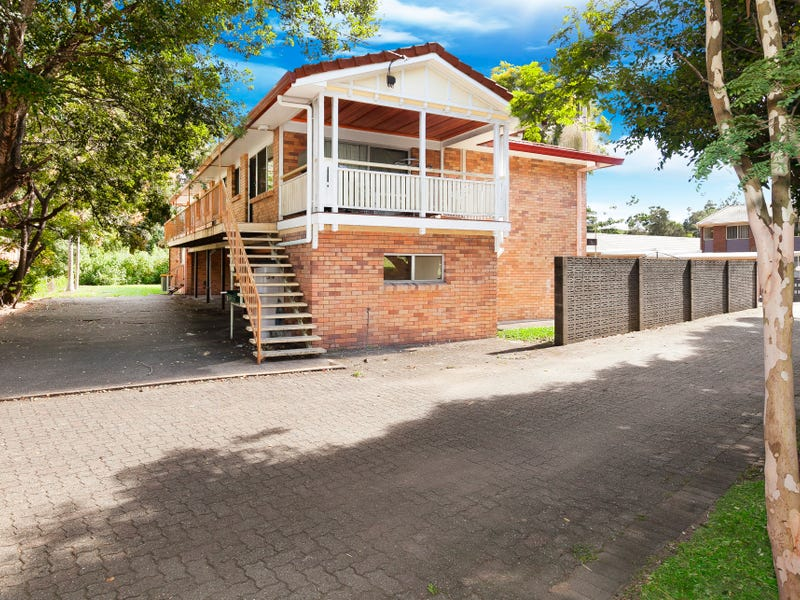 7 Woodford St, Holland Park West, Qld 4121