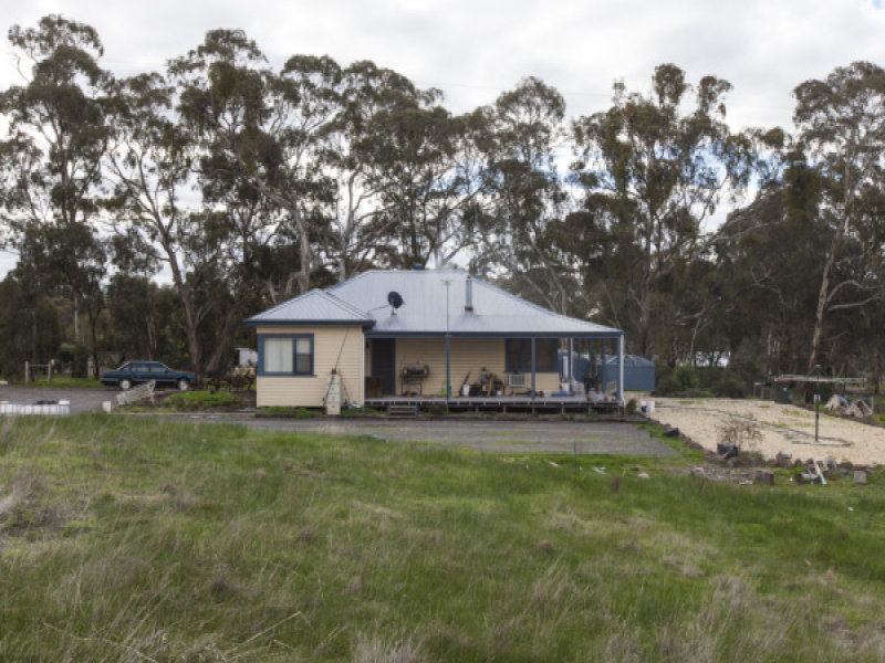 13 Thomas Road, Armstrong, Vic 3377