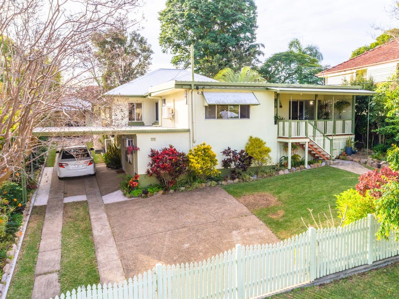 93 Gordon Parade, Everton Park, Qld 4053