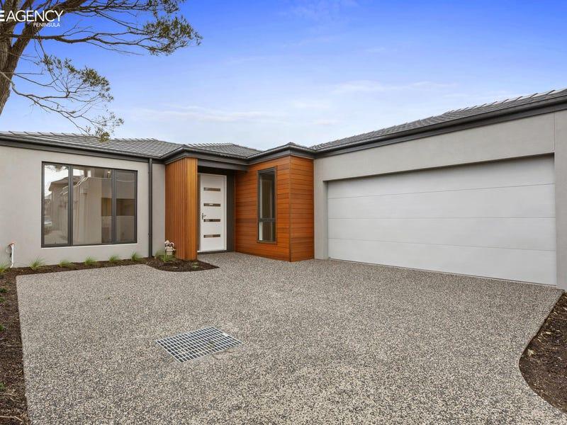 318 Macdonald Grove Mornington Vic 3931 Townhouse For Rent