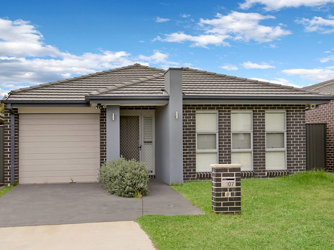 107 Howarth Street, Ropes Crossing, NSW 2760
