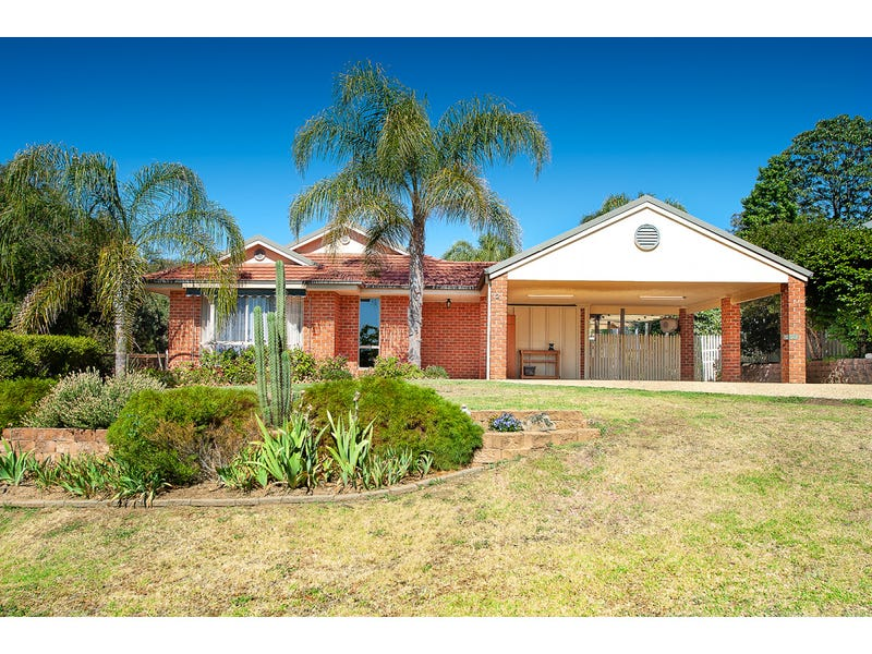 12 Corby Close, Thurgoona, NSW 2640