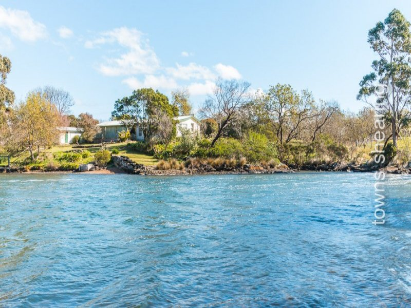 59 West Bay Road, Rowella, Tas 7270