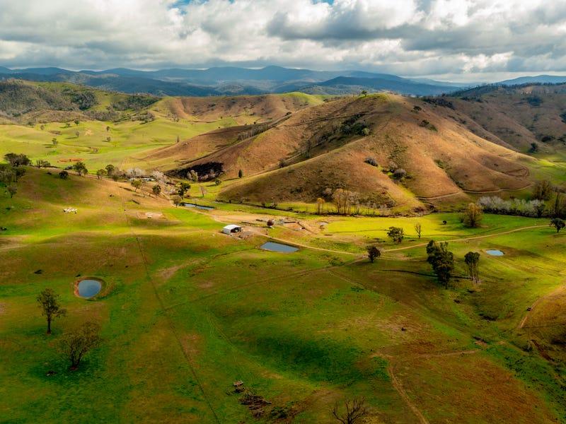 400 Horse Creek Road, Jingellic, NSW 2642